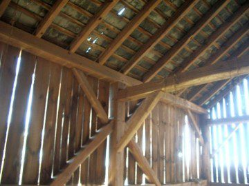 Tractor shed old reclaimed wood pennsylvania 18944 for Building a tractor barn