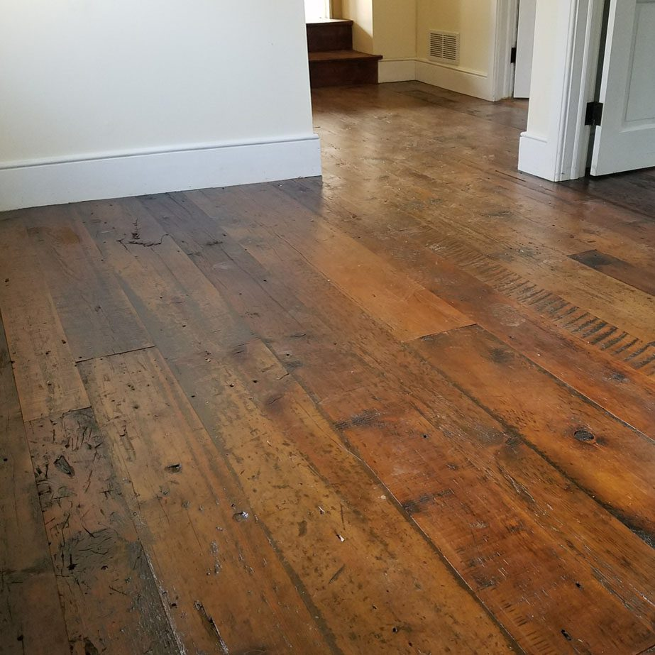White pumpkin pine flooring
